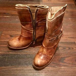 Brand new Bed Stu tan short boots